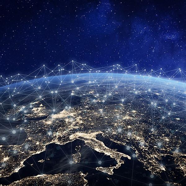 How telematics satellite tracking works